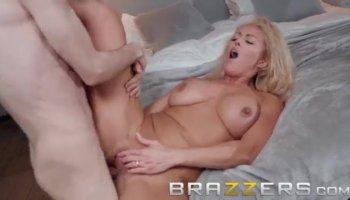 mother daughter nudists