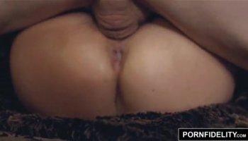 sexy white girl twerking porn