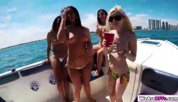 girls losing their virginity video